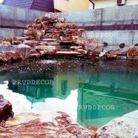 пруд с водопадом в Самаре